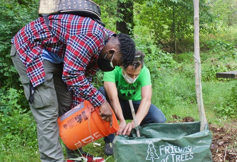 Cultivating solutions for Gresham's parks. Youth volunteers tend Nadaka Nature Park as city parks funding woes take root. Info here!