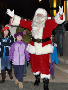 Celebrate The Spirit of Christmas: Sat Nov 30, 2013 5PM-6:30PM. Gresham's kick-off to the holiday season. Fun for all! Tree lighting, sing-alongs, hot cocoa, treats and Santa Claus. Info here!